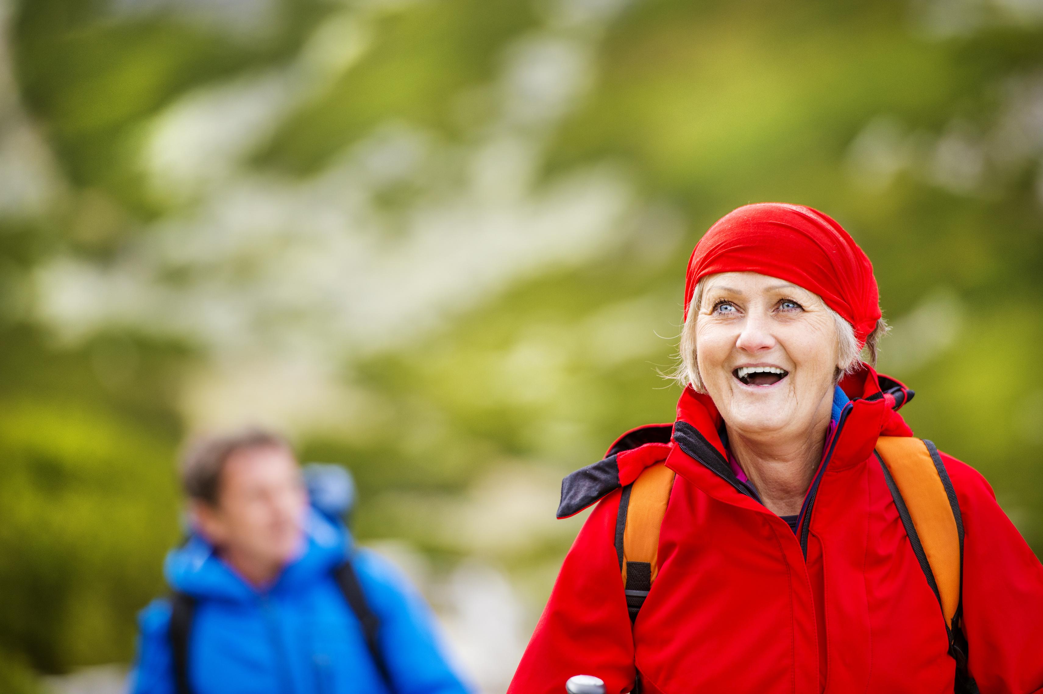 Etävalmennus toimii iäkkäille – lue kokemusartikkeli Vanhustyö-lehdestä